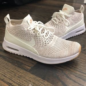Women Nike Athletic Shoes